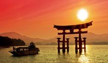 "Постер, картина, фотообои ""Sunset view of Torii gate, Miyajima, Japan"""