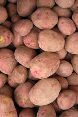 patatas en el mercado