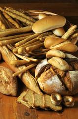 Varieta di pane e grissini