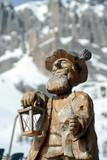 statua di legno - vecchio montanaro poster