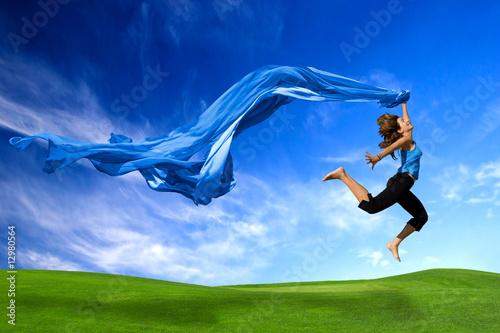 Fototapete laufende Menschen - springende Person - Lauf - Sprung - Wandtattoos - Fotoposter - Aufkleber