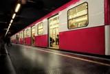 Fototapeta publiczny - miasto - Metro