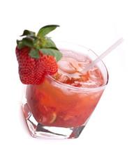 Caipirossa - einzelner roter Cocktail von oben