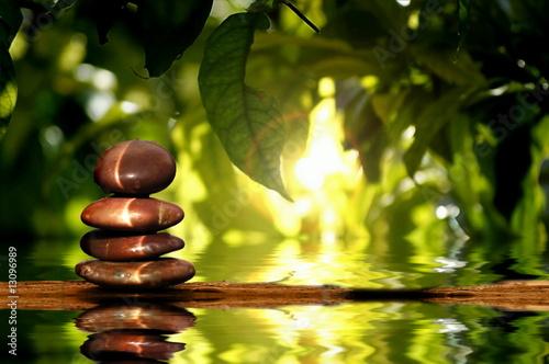 Leinwanddruck Bild Steine am Wasser