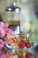 Tea with strawberries
