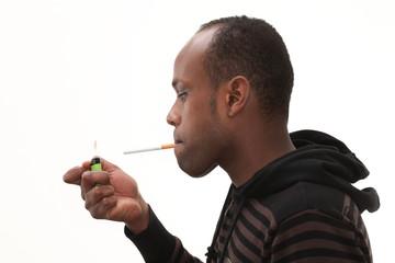 allumer une cigarette