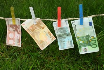 5, 10, 50, 100 euro banknotes