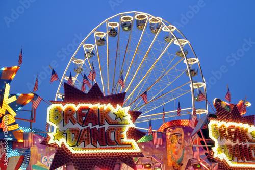 Poster Kirmes bei Nacht mit Riesenrad