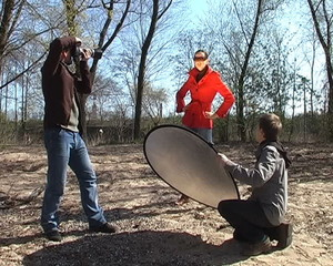 photo shooting outdoor with photographer and assistant