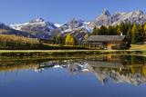 Fototapety Bergsee mit Häuschen