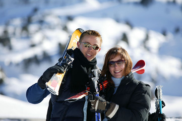 portrait de couple au ski
