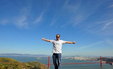 über der Golden Gate Bridge