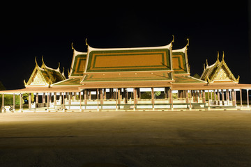 Bangkok temple night scene