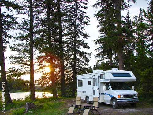Papiers peints Camping secluded RV campsite