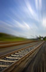 Bahnschienen mit Bewegungsunschärfe