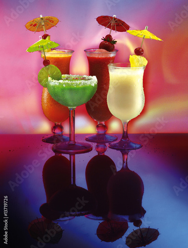 4 happy cocktail drinks