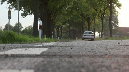 Rallyeauto in der Kurve