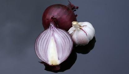 Garlic and red onion