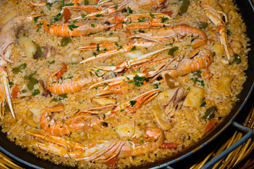 Paella, Tradicional spanish food