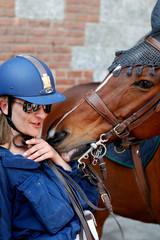 Milano, polizia a cavallo