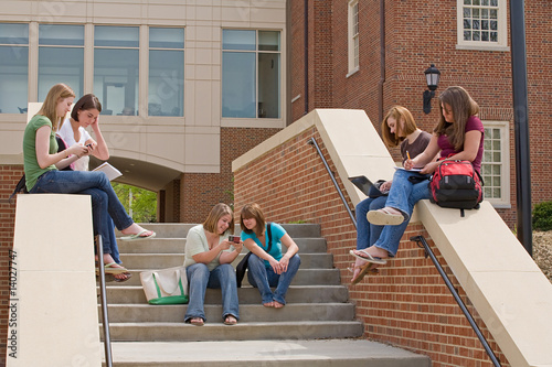 Active College Students - 14027747