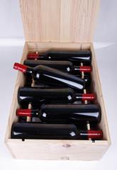 Offene Weinkiste