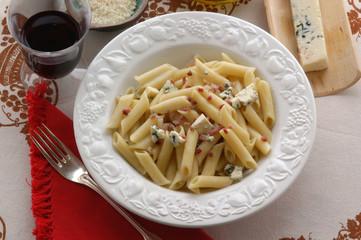 Penne speck e gorgonzola dolce - Primi trentino alto adige