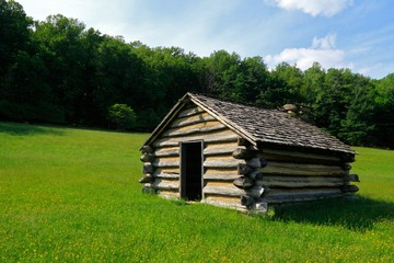 Revolutionary War log cabin