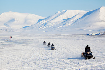 Snowmobile Travel
