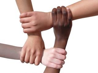 mains et bras ensemble tolérance contre le racisme
