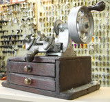 Old manual key duplicating machine