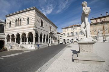 Udine, Piazza Libertà