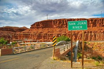 SAN JUAN RIVER BRIDGE,UTAH_USA