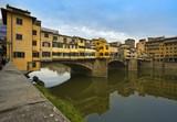 Ponte Vecchio, alte Brücke in Florenz poster