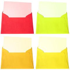 enveloppes et cartes de couleurs