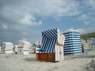 Strandkörbe auf der ostfriesischen Insel Baltrum