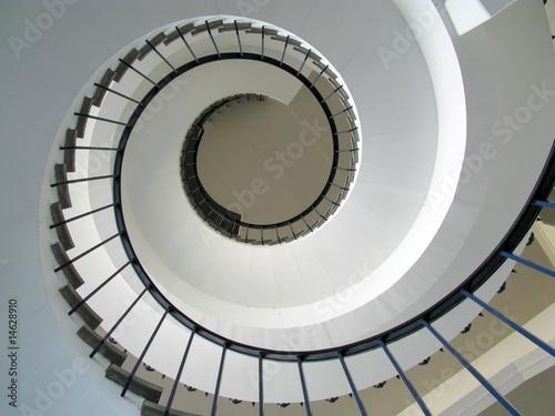 Foto op Aluminium Trappen Wendeltreppe aufwärts
