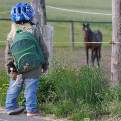 Kind und Pferd