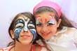Deux fillette maquillées
