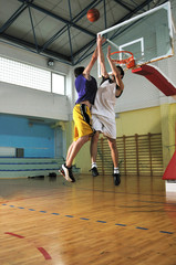 basketball players duel