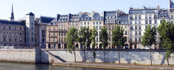 Quai de l'horloge à Paris