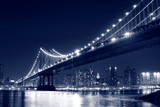Fototapety Manhattan Bridge and Manhattan skyline At Night, New York City
