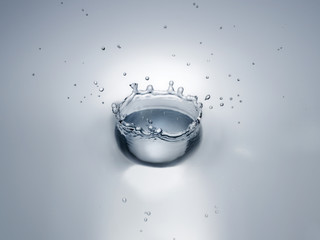 Splash in water creating crown shape