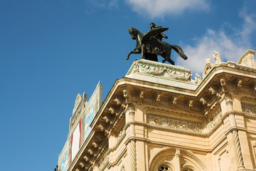 Statue on top of building in Vienna