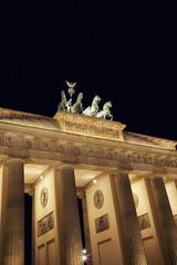 berlin brandengurg gate at night