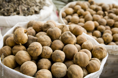UAE, Dubai, dried lemons and other spices for sale in the spice souq in Deira