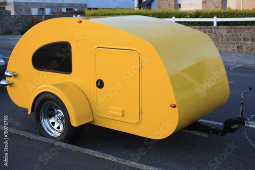 mini caravane couchette photo libre de droits sur la banque d 39 images image 15078708. Black Bedroom Furniture Sets. Home Design Ideas