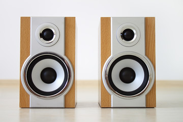 A pair of speakers