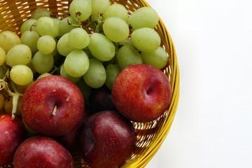 Trauben und Pluoten