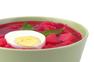 fresh beet vegetable soup